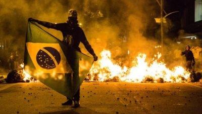 manifestantes presos junho 2013  400x225 AS 23 CONDENAÇÕES DE JUNHO DE 2013