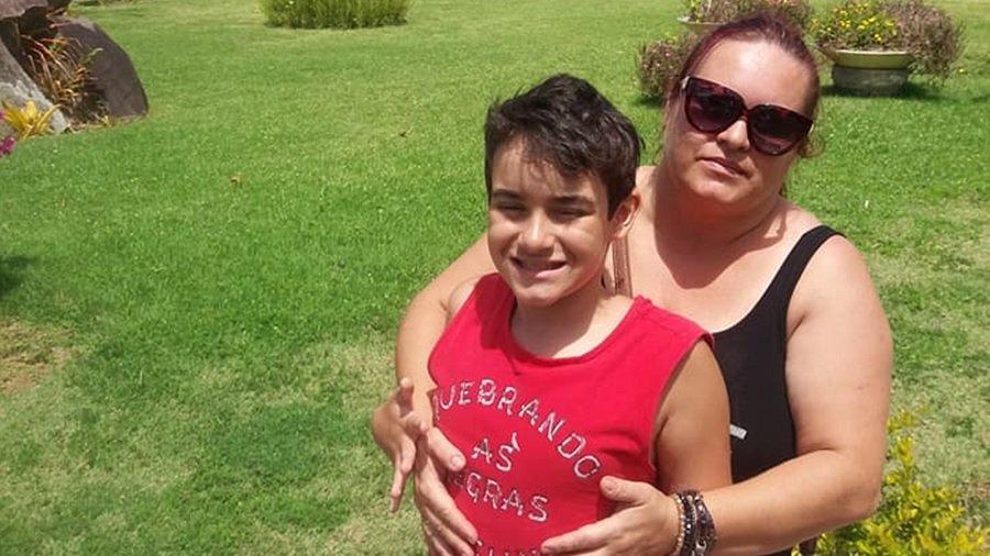 flavia taboada 'Fui na boca de fumo': a luta de mães de autistas para que os filhos recebam maconha medicinal