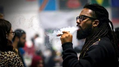 baseado rasta canada 400x225 Anvisa: Acompanhe ao vivo a Votação das propostas de regulamentação da Cannabis medicinal