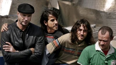 red hot chili peppers 400x225 Drogas, brigas e genialidade: entenda a história de John Frusciante no Red Hot Chili Peppers